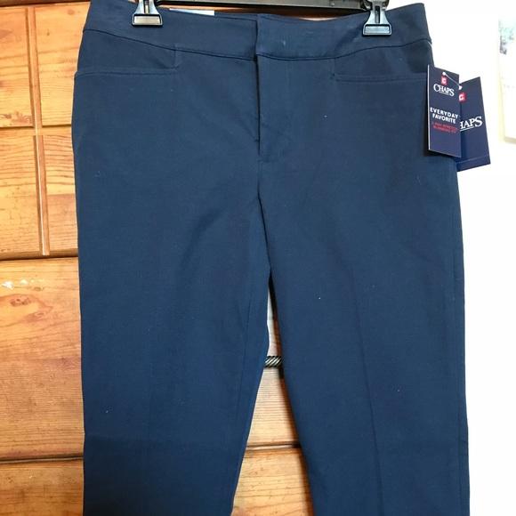30063eec0a4 Chaps Navy Blue Capri size 6. NWT